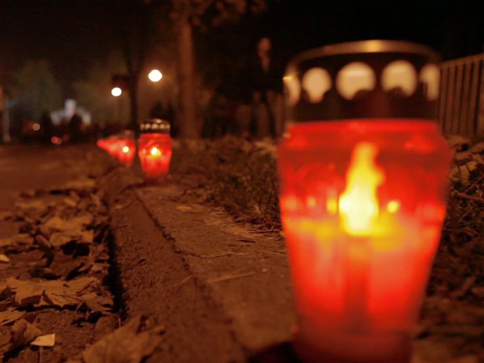 Đakovo – svijece u znak sjećanja na žrtve Vukovara