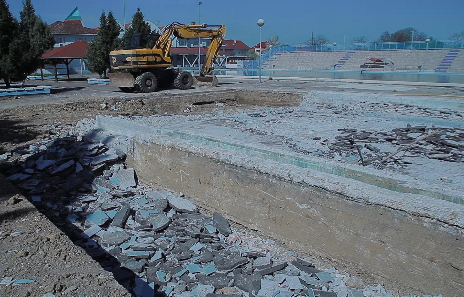 Rekostrukcija gradskog bazena u Đakovu