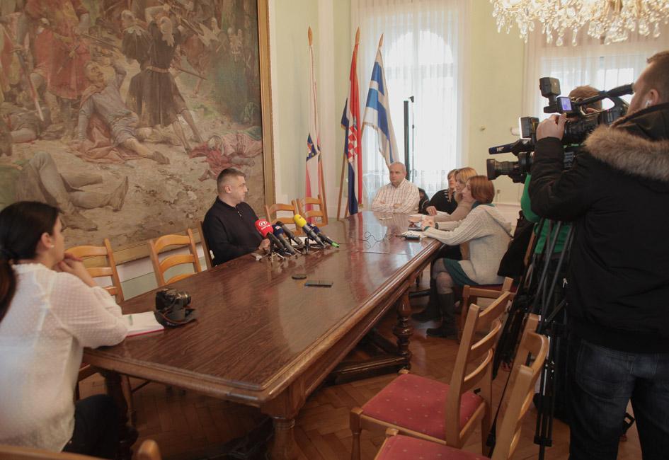 Klizalište u Đakovu – press konferencija