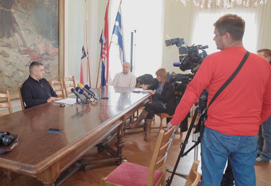 Odgovor gradonačelnika Vinkovića – press konferencija