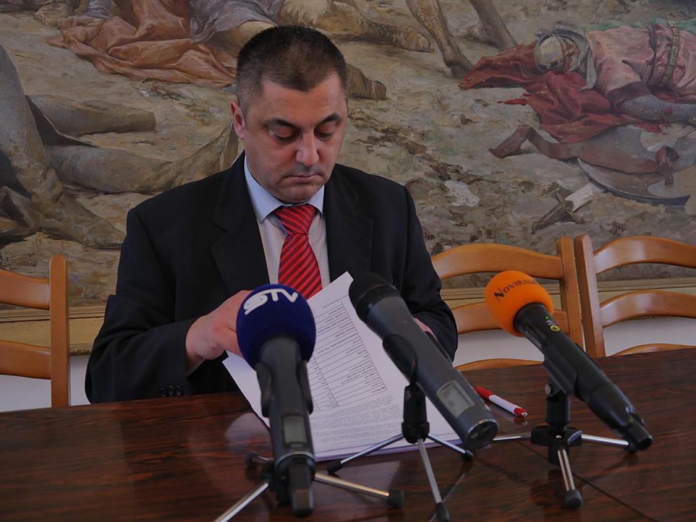 ZORAN VINKOVIĆ press konferencija na aktualnu temu