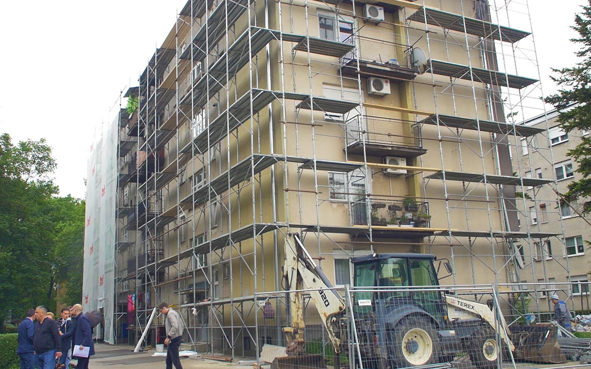 Đakovo – radovi na zgradama kolektivnog stanovanja