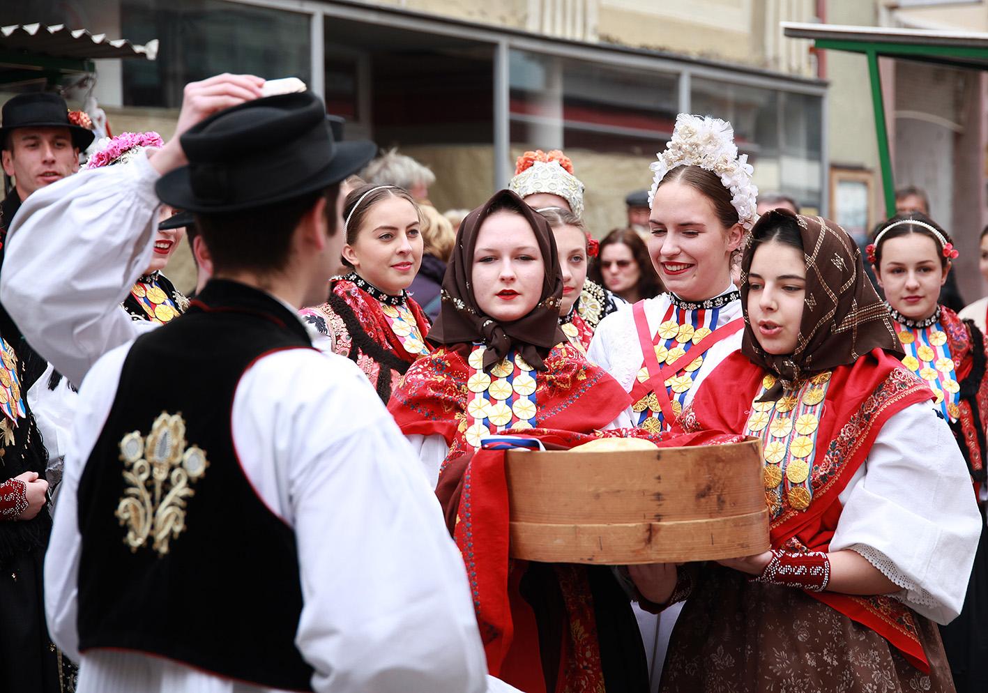 Uskrsni gastro fest u Đakovu