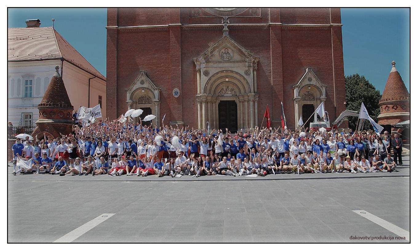 Đakovački maturanti – Quadrilla 2017.