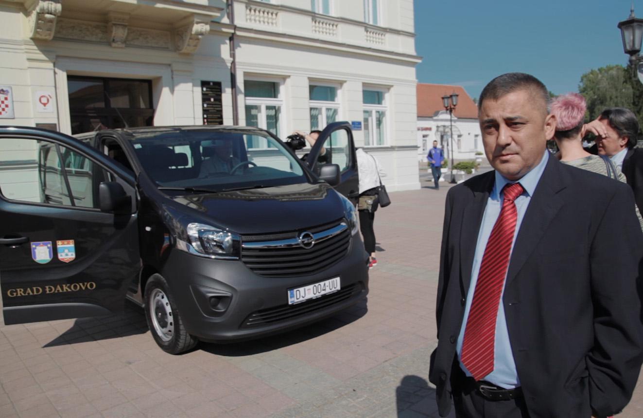 Nabava novog kombi vozila Zajednici sportskih udruga Grada Đakova