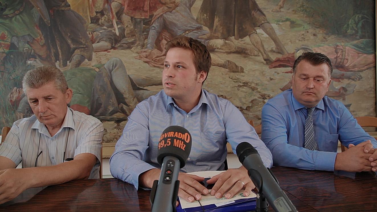 "Press konferencija gradonačelnika Mandarića – novi direktor ""Univerzala"""