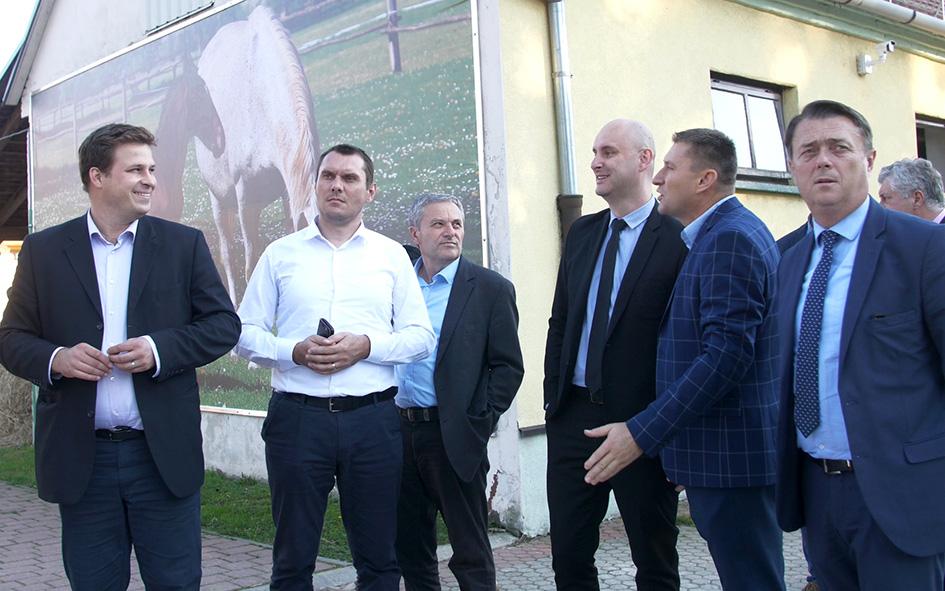 MINISTAR POLJOPRIVREDE POSJETIO ERGELU ĐAKOVO