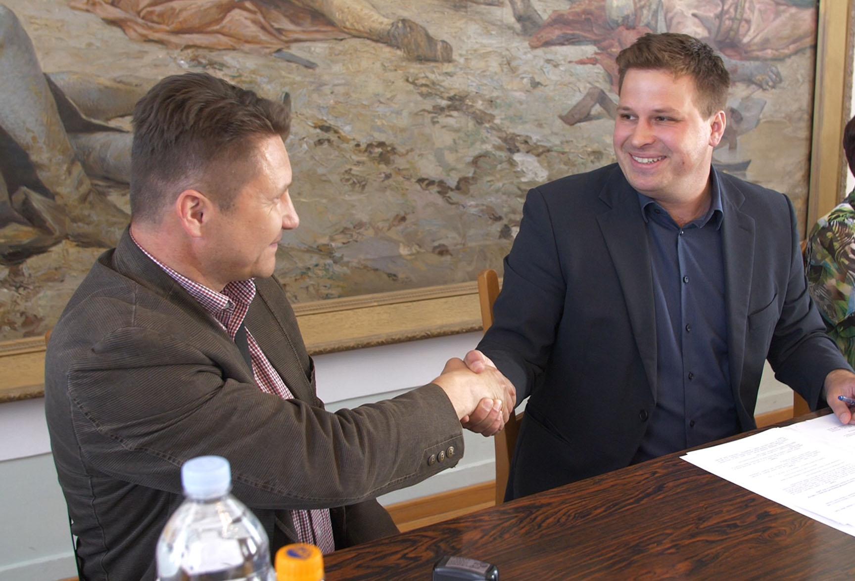 Potpisivanje ugovora s udrugama od interesa za Grad Đakovo
