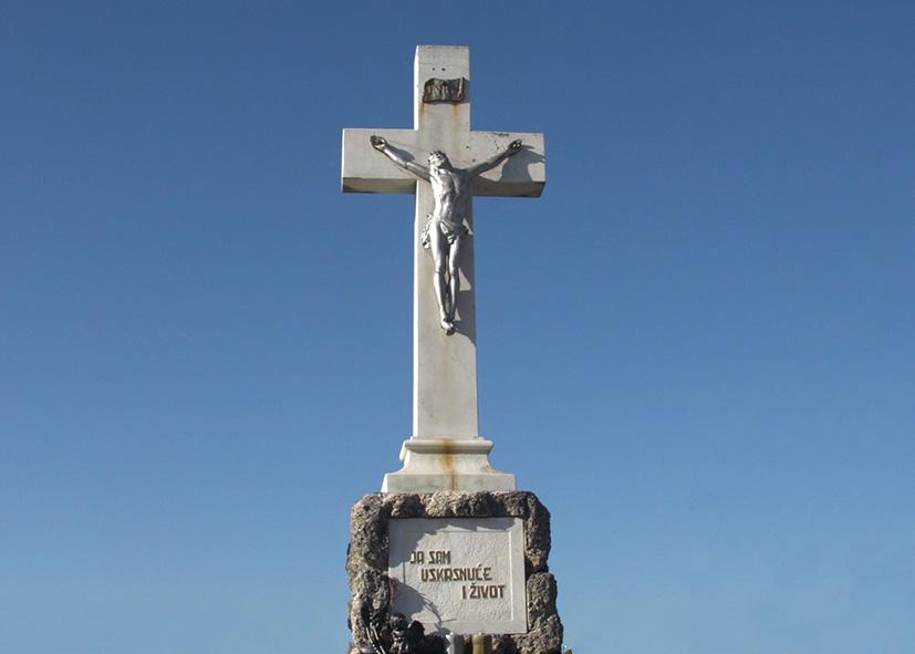 Obilježavanje Dana mrtvih – Svi sveti na Gradskom groblju u Đakovu