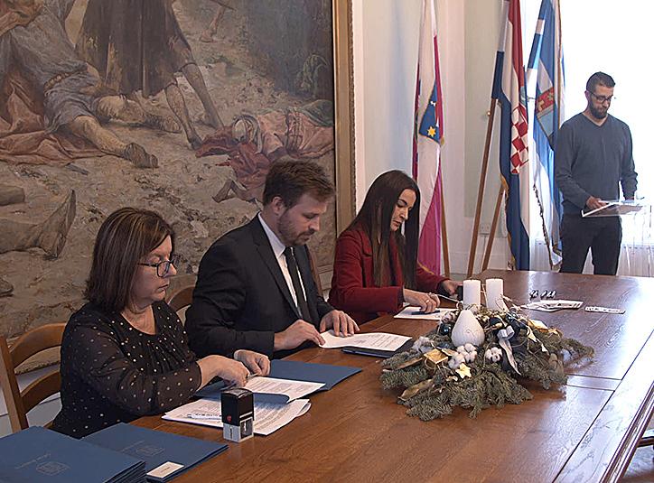 Svečano potpisivanje ugovora za potpore u gospodarstvu