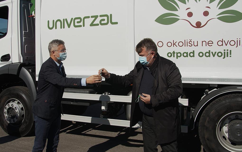 Preuzimanje novih vozila – Univerzal Đakovo